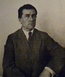 Казимир Северинович Малевич (ок. 1924 года)